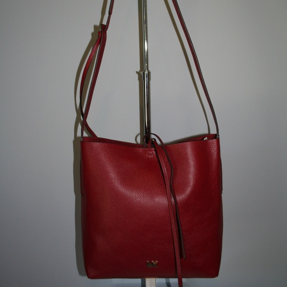 MICHAEL KORS JUNIE LARGE MESSENGER MAROON LEATHER NWT